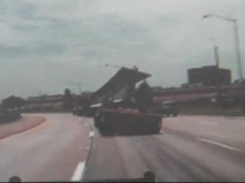 Truck accident 18 wheeler loses load a huge steel girder for the huey p long bridge in new orleans