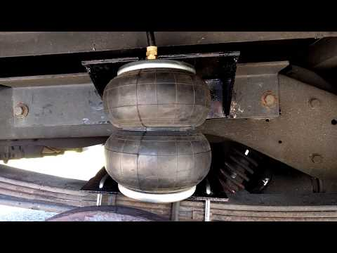 How to air bag your truck for $100 (air bag suspension) awesome upgrade