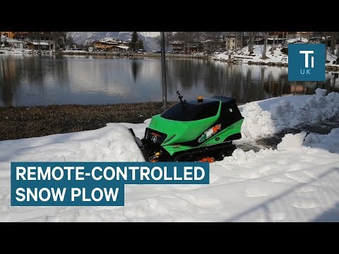 Remote-controlled snow plow can tow an 18-wheeler