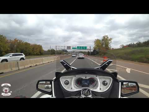 Used bike review 2011 can-am spyder